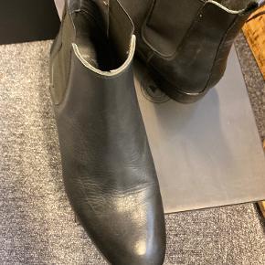 J. Lindeberg støvler