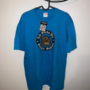Supreme t-shirt  Helt ny Købt for 130€ i Paris - ca. 975 dkk.