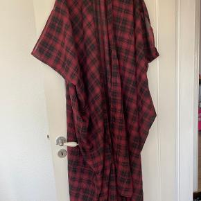 Silverblack kimono