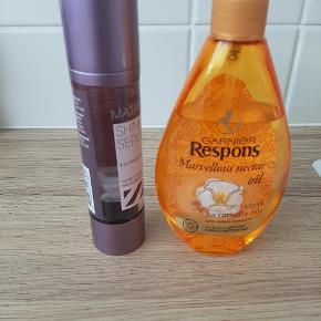 Sælger disse produkter, da det ikke egner sig til mit hår. Olie og serum.