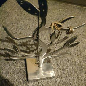 Brugskunst smukketræ i sølv fra Maren Splid i Ribe.