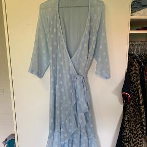 Everneed kjole