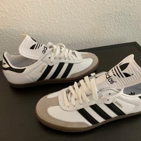 Adidas Sambo classic OG. A timeless model.  New in box, never used.