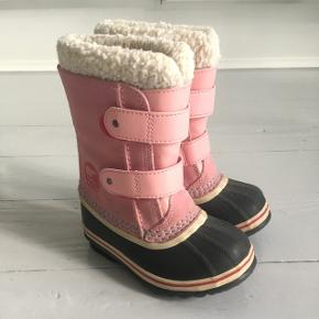 Virkelig lækre varme sorel vinterstøvler. 100% vandtæt.Ikke brugt ret meget.