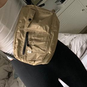Sælger Mads Nørgaard taske 🌸 275 kr plus fragt