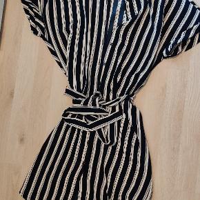 Fed sommer kjole fra Vero moda 😊