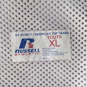 Vintage net tee, børnestr XL svarer til S, super fed og ret 00'er agtig  ❌ læs min shop beskrivelse ❌