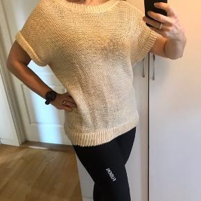 Style Wivian - oversize Længde 70 Bryst 60