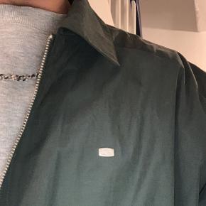 Fed vintage lacoste jakke, byd gerne