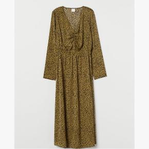 Flot kjole fra h&m, brugt en gang i str xs