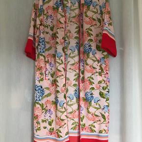ONLY kimono
