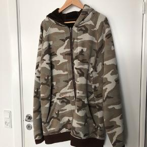 #30dayssellout Reversible sweatshirt/ jacket.
