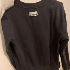 Sælger denne fine ganni trøje, hvis rette bud kommer