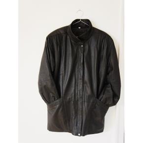 Real leather jacket, sortStr 34 ( stor I str! ) Fitter XS/S/M  Brugt men I super god stand