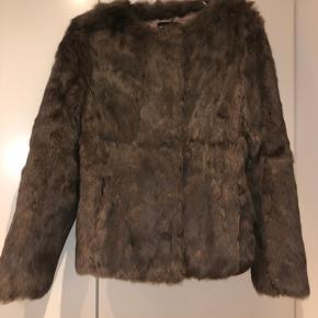 Natures Collection pels- & skindjakke