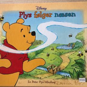 Plys følger næsen af Disney En Peter Plys billedbog, illustreret af Jean François Panayotopoulos kan sendes m DAO for 39 kr oveni til nærmeste udleveringssted
