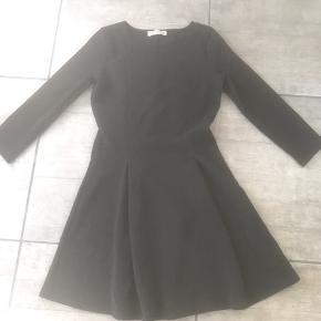 PULL&BEAR kjole