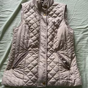B.young vest