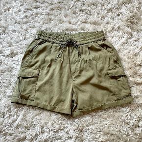 Global Funk shorts