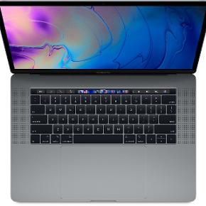 """MacBook Pro, 15"""" Touch-bar Space Grey late 2016, 2,9 GHz Intel Core i7 GHz, 16 GB ram, 512 GB harddisk, God  Ny pris 26.700 købt i start 2017.  Har lidt slid på siden (se billeder) men ellers passet godt på. Keyboard udskiftet i start 2018 og har 2 års forsikring(kun keyboard)  2016 15"""" Space Gray Macbook Pro med Touch Bar i god stand - står som pæn  RAM 16GB SSD Harddisk 512 GB  Processor i7 2,9 GHZ Radeon Pro 460 4096 MB(4 gb)+ Intel HD Graphics 530 1536 MB 4 stk ThunderBolt 3 porte INGEN apple care medfølger Apple trådløs mus kan forhandles med i prisen  Serienummer oplyses til potentielle købere."""