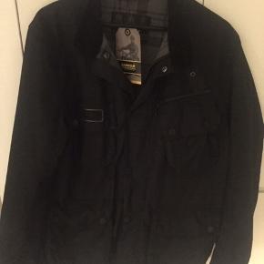 Lækker Barbour jakke model International Wax Jkt, nypris 2800 kr Mindstepris : 1000 kr Handler via Mobilepay og DAO