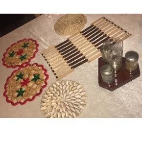Sælger disse bordskånere og krydderi holder! BYD
