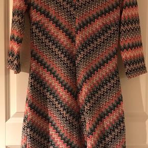 Så skøn kjole. Perfekt nu med sorte strømper og støvler 😍