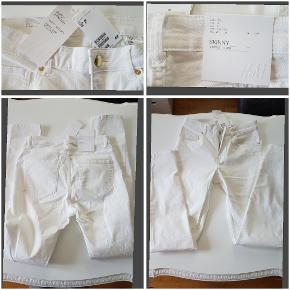 Fede hvide skinny jeans fra H&M, helt nye købt for store.