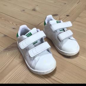 Adidas Stan Smith fritid sko  fremstår i meget flot stand