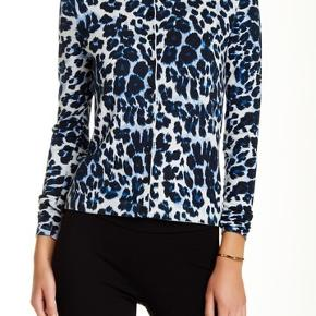 Aldrig brugt. Den smukkeste Diane Von Furstenberg cardigan - i super fin kvalitet af nylon og silke.