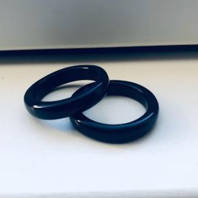 Fine ringe str. ca. 52? 70 kr. plus porto for begge