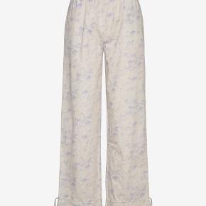 Flotte Envii Enshane pants i str s  Aldrig brugt, kun prøvet og prismærlet er klippet af.