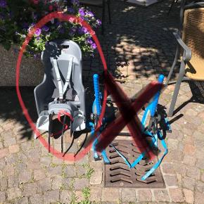Vends porte vélo bébé adaptable sur cadre