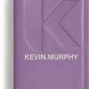 Kevin Murphy Hårprodukt, Aldrig brugt. Torsted - Kevin Murphy UN.TANGLED 150 ml, er en balsam som ikke skal skylles ud. Balsamen er baseret på lækre ingredienser såsom australske frugt ekstrakter. Disse ekstrakter hjælper håret med at udfiltre, samtidig med at pleje og styrke håret. Endvidere har denne balsam også en varmebeskyttende effekt, hvilket gør den specielt god at anvende inden hårstyling. Produktet er parabenefrit.. Kevin Murphy Hårprodukt, Torsted. Aldrig brugt, Er måske blevet prøvet på men aldrig brugt. Ren men ikke vasket. Ingen