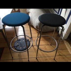 Fine barstole i god kvalitet og fin stand. Fra Fora Form. Sælges samlet for 500kr.