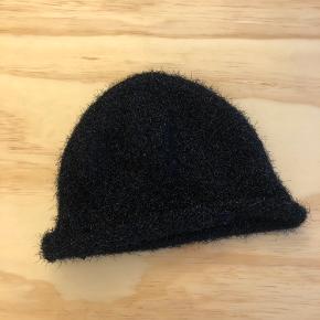 Cheap Monday hat & hue