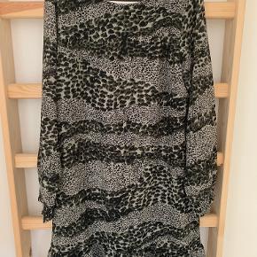 Vanting kjole