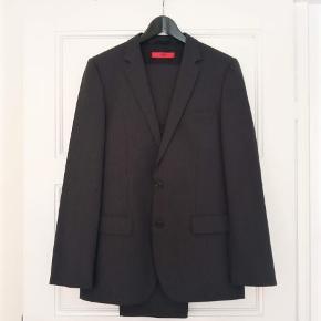 HUGO BOSS jakkesæt