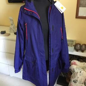 NANOK, Fed superflot NY jakke (ny pris er 1000,-)