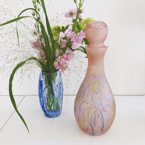 Smuk lyserød karaffel i glas 🌸💗 210,- H:29 #glas #glaskunst #glaskaraffel #karaffel #lyserødvase #lyserødkaraffel #lyserødtglas #vase #rosaglas #lillaglas #loppefund #loppeguld #loppemarked #genbrugsfund #genbrugsguld #sælges #tilsalg #sælgesaarhus #boligindretning #boligliv #boligmagasinet #loppedeluxe #indretning #retroglas #lopper #loppersælges #loppertilsalg #genbrugsguld #genbrugsguldtilsalg #genbrugsguldsælges