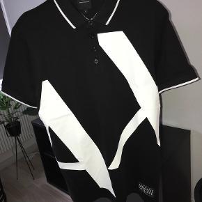 Polo t-shirt fra Armani Exchange. Kun prøvet på.