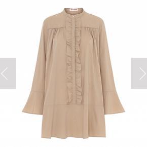 Flot Gytta kjole Bemærk min er en smuk orange  Førpris 1400kr