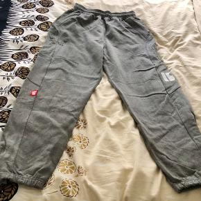 Sweatpants from stoprocent. Great quality, warm and cozy sweats in very good condition. The price is for all 3.  Check out the other of my listings with sweatshirts and jeans 👖