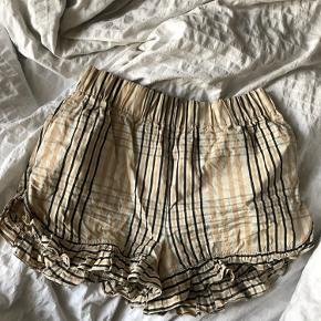 Smukke Ganni seersucker shorts ☀️