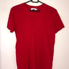 Fin t-shirt fra Samsøe Samsøe Oprindelig pris: 250 kr Brugt EN gang