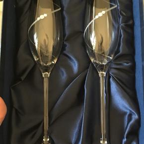 Diamante hand crafted glassware made White swarokovski elements