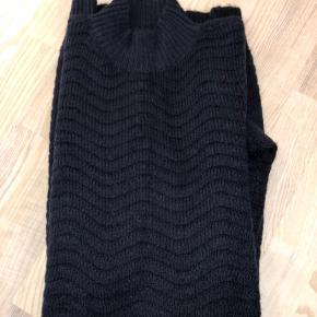 """Fin """"vinter""""-kjole fra YAS ☀️"""