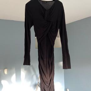 Stine Goya Fantastique kjole.  Brugt ca. 5 gange, fejler intet.