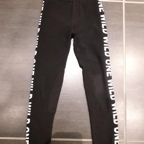 Næsten nye bukser/leggings.