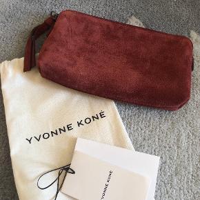 Yvonne Koné Clutch